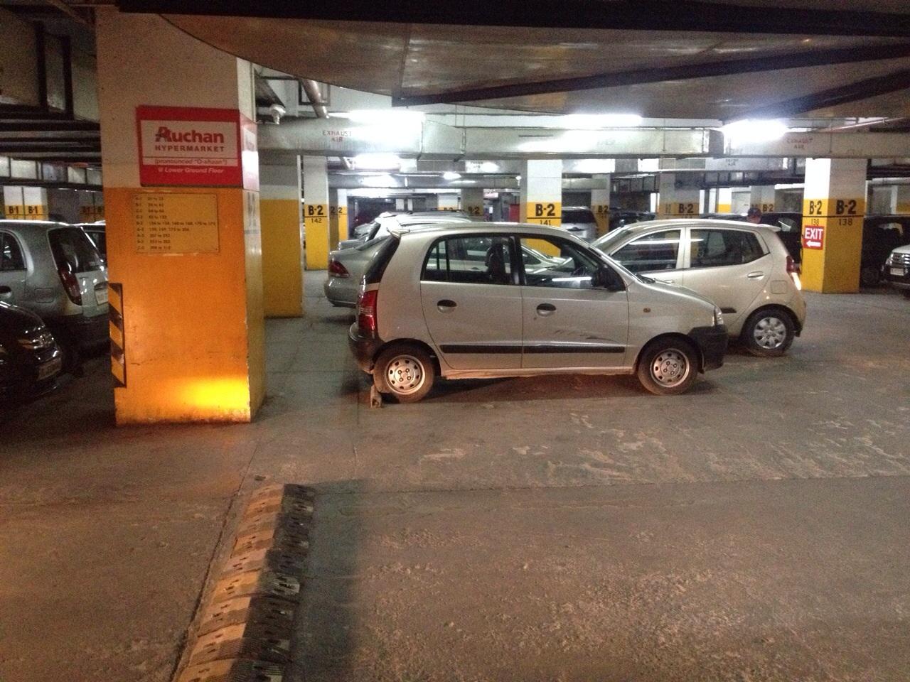 Parking Space Samy Arora