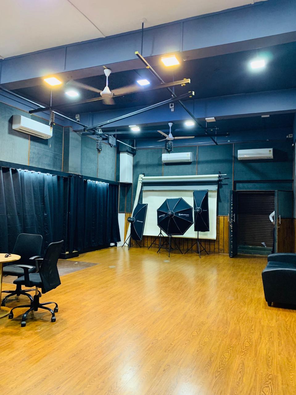 Empty Studio Floor Chandu Leandro